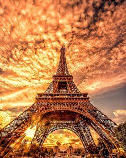 Burning sky over Eiffel Tower   Paris, France.