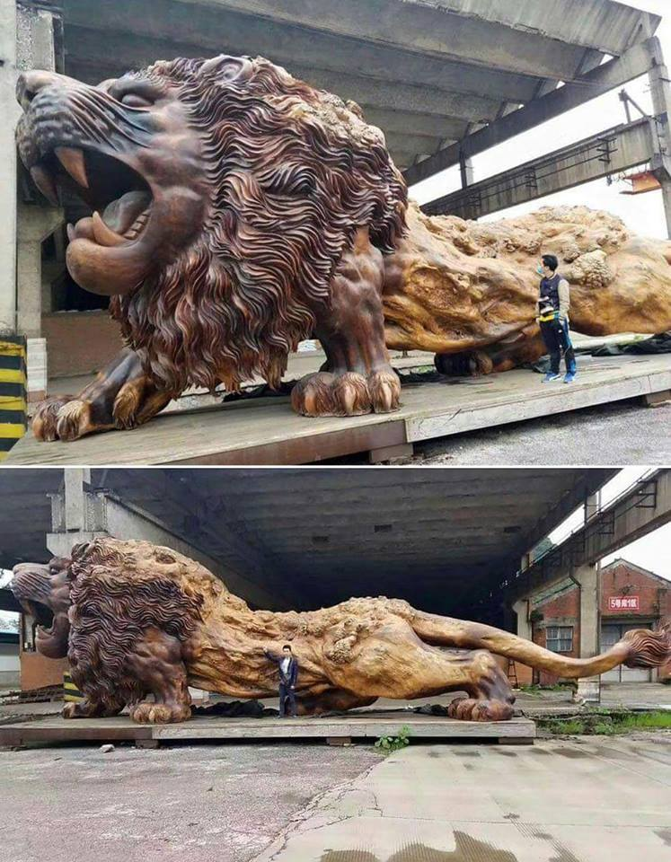 Giant Lion Sculpture Carved from single Dead Tree Trunk. Took 20 People and 3 Years to Complete. :o