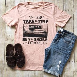 LOVE these! Check out these awesome t-shirts you won't find anywhere else. Great Christmas gifts