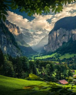 Nature paradise in the Swiss Alps! Who would you stay here with?  Lauterbrunnen,Switzerland.