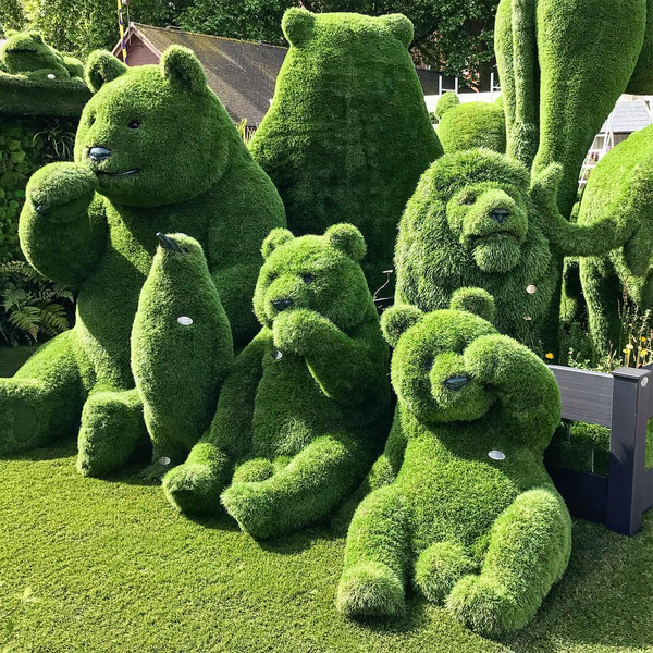 On a scale of 1-10, how incredible is this green sculpture artwork?